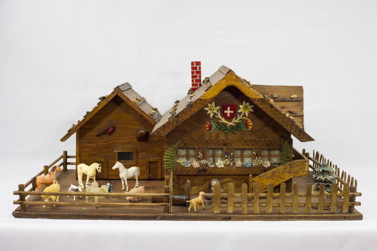 Model Swiss Chalet